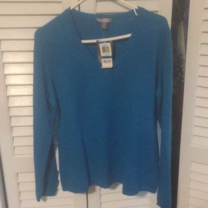 New with tags-cashmere sweater